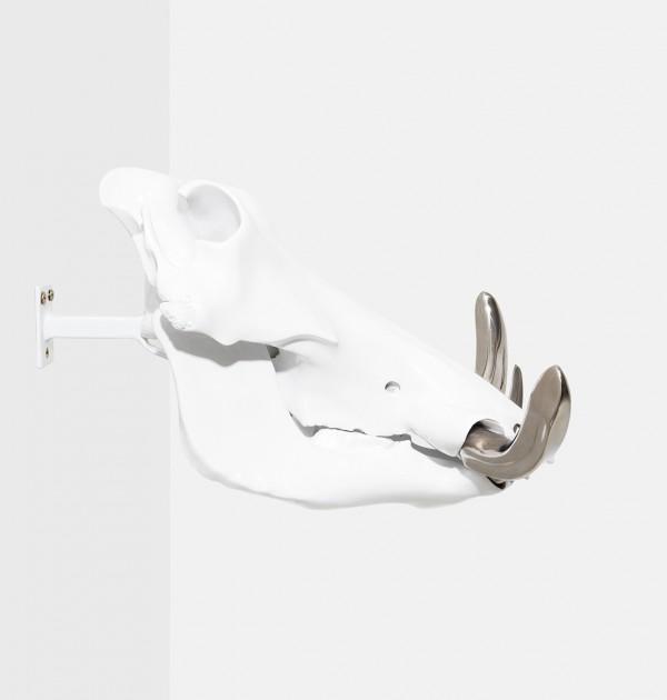 DANIAUX PIGOT Extrémiste Hindou - Os, polyester, acier inoxydable et peinture carrosserie - 28 x 36 x 18 cm--daniaux-pigotARTJAWS