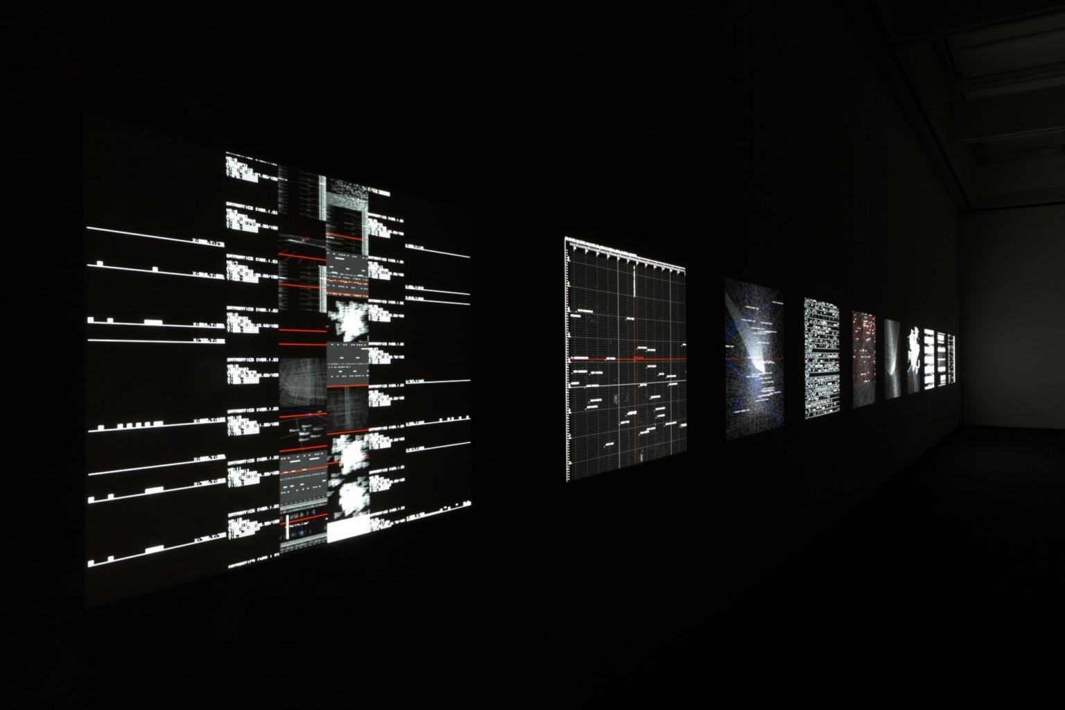 Réalité physique et architecture de l'information avec Ryoji Ikeda à Almine Rech Paris