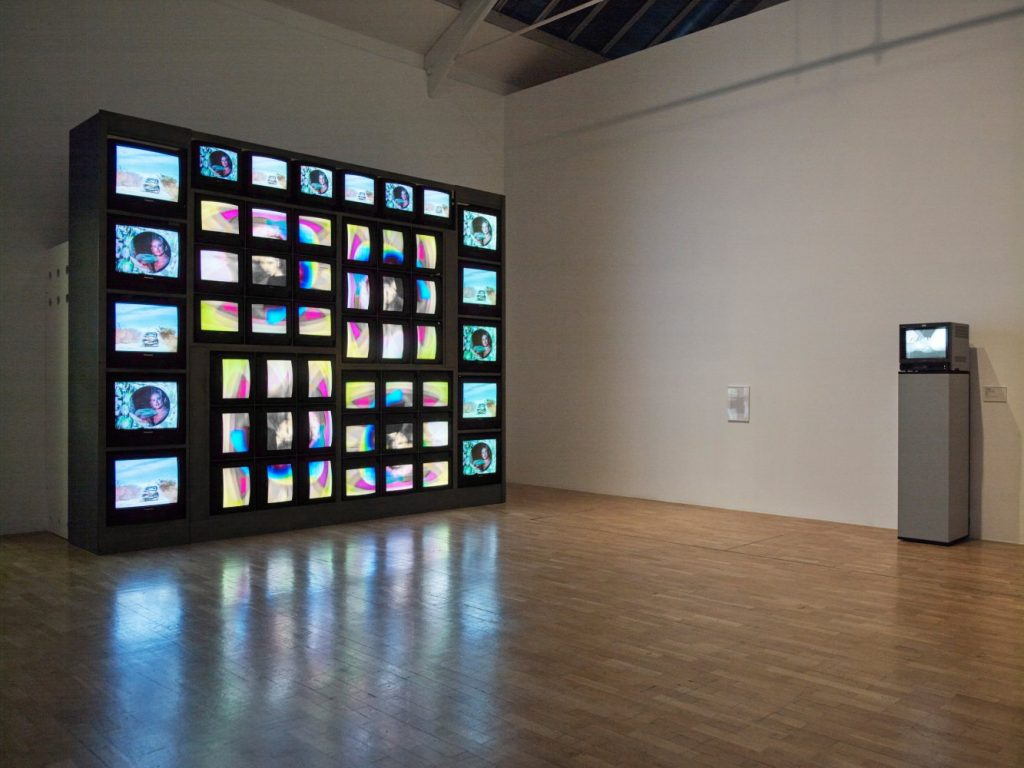 5Electronic-Superhighway-2016-1966-2016.-Installation-view.-Courtesy-Whitechapel-Gallery