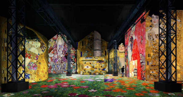 "Immersive exhibitions and artificial intelligence for the opening of the ""Atelier des Lumières"" in Paris"