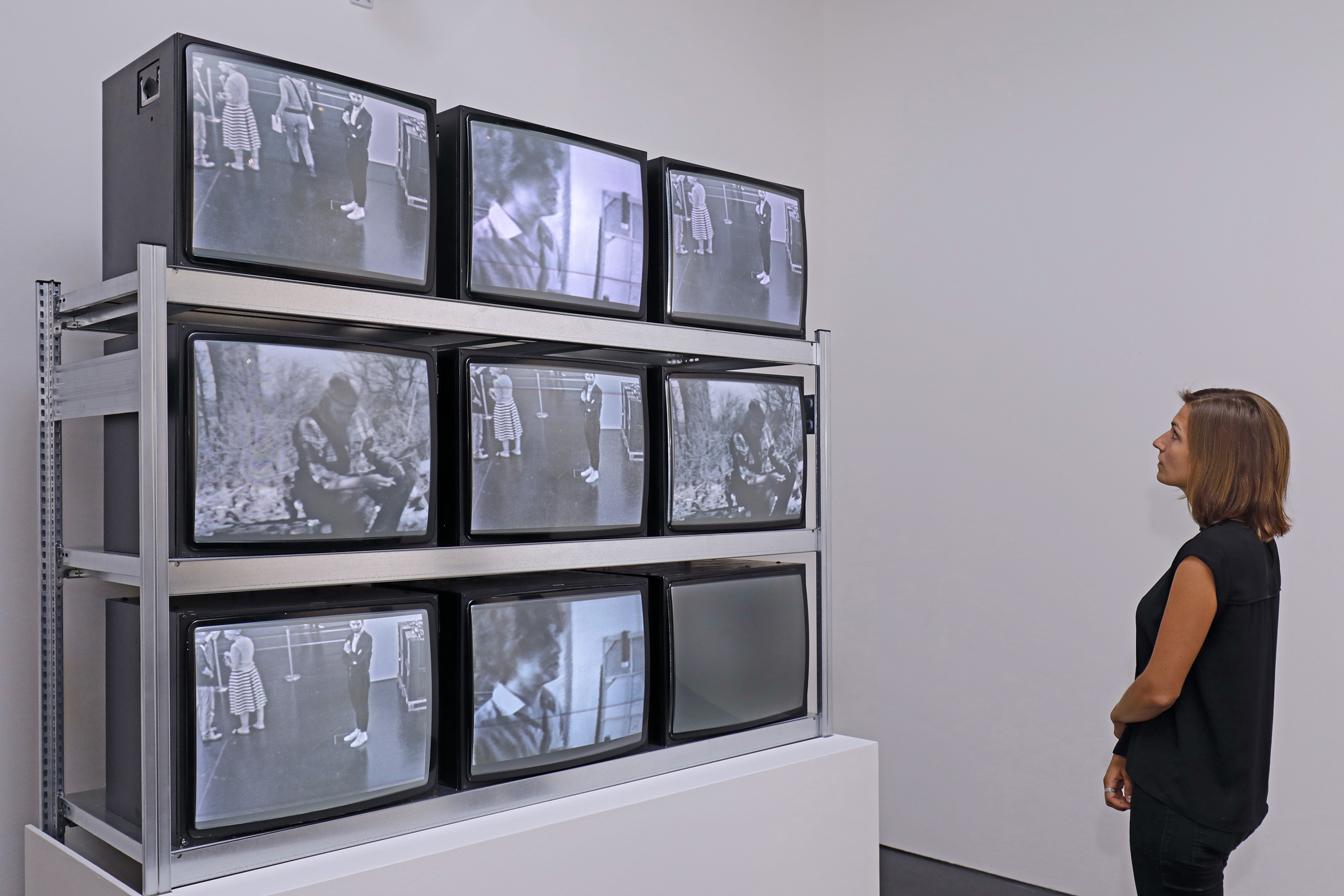«Art in Motion. 100 Masterpieces with and through Media», images traditionnelles et arts numériques au ZKM de Karlsruhe